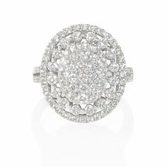 Diamond oval shaped cluster ring featuring 118 round brilliant white diamonds