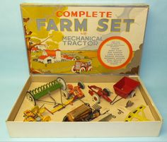 MARX COMPLETE FARM SET TIN MECHANICAL WINDUP TRACTOR w/ 9 PC IMPLEMENT SET & BOX