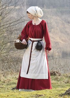 Medieval apron // Schürzen wurden im Mittelalter sowohl von Frauen als auch von Männern getragen. Sie schützten die Oberkleidung der Handwerker und Mägde bei der täglichen Arbeit // Reenactment - Living History - Gewandung