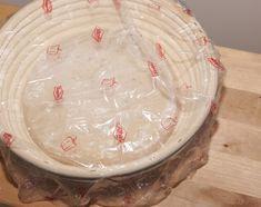 """V kuchyni """"Obyčejné ženy"""": Kváskový chleba krok za krokem... Camembert Cheese, Bread, Recipes, Food, Brot, Recipies, Essen, Baking, Meals"""