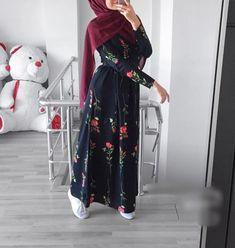Ak fashion in 2019 hijab fashion, hijab outfit, fashion. Modest Fashion Hijab, Modern Hijab Fashion, Modesty Fashion, Hijab Fashion Inspiration, Islamic Fashion, Muslim Fashion, Girls Fashion Clothes, Fashion Outfits, Hijab Evening Dress