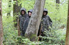 Gut getarnt in den ADVENTURE-LUNA-Pelerinen Capes, Den, Adventure, North America, Youth, Rain Jacket, Native Americans, Cape Clothing