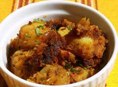 Bengali Aloo Masala Serve as a sidedish to roti, naan and rice.
