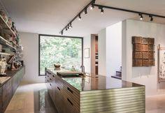 Urban Jungle, Augsburg - Design by Dreimeta. ::: design, residential, kitchen, brass
