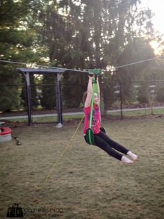 More backyard fun ideas - if your husband is an adrenaline junkie like mine - install a zip line for the kids and hope they don't hit anything. Backyard Toys, Backyard Playground, Backyard For Kids, Backyard Projects, Diy Zipline, Zip Line Backyard, Kids Yard, Best Trampoline, Crafts For Boys