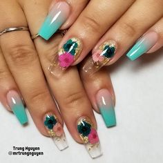 clear nail designs 40 Fabulous Nail Designs That Are Totally in Season Right Now - clear nail art designs,almond nail art design, acrylic nail art, nail designs with glitter Clear Nail Designs, Flower Nail Designs, Flower Nail Art, Nail Designs Spring, Nail Polish Designs, Acrylic Nail Designs, Nail Art Designs, Nails Design, Spring Nail Art