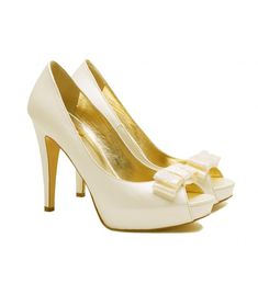Luxury ladies shoes from category-Νυφικά-Lou bridal pumps SHOES Lace Bows, Bride Shoes, Evening Shoes, Most Beautiful, Dior, Kitten Heels, Peep Toe, Pumps, Bridal