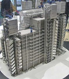 Lloyds of London model
