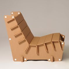 Eco and You ⓔ Chaise longue made of eco-friendly cardboard. Produc Made in Italy designed by Eco & You. Cardboard Chair, Diy Cardboard Furniture, Cardboard Design, Cardboard Playhouse, Paper Furniture, Cardboard Sculpture, Cardboard Crafts, Retro Furniture, Plywood Furniture