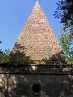 Pyramid in Krynica (province Lublin, Poland). It was built on the orders of Chelm city chamberlain Paul Orzechowski Poland Travel, Central Europe, My Heritage, Eastern Europe, Runes, Beautiful World, Russia, Places To Visit, Germany