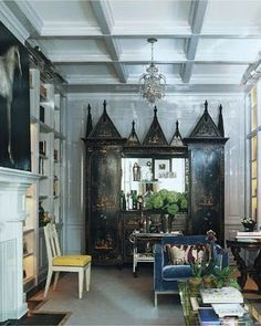Habitually Chic®: Art Collector's Paradise