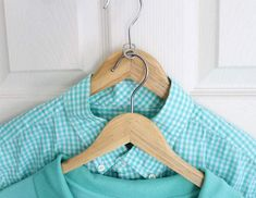 36 Tips for Getting Organized closet-hacks-use-a-soda-tab-to-double-the-hangers Check out these amazing 36 tips for getting organized featuring bathroom, office, kitchen, playroom and clothing storage and organizing tips Organisation Hacks, Storage Hacks, Closet Organization, Storage Ideas, Organizing Tips, Clothing Organization, Closet Storage, Bedroom Storage, Kitchen Organization
