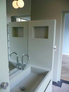 Naadloze badkamer met nieuwe Terrazo vloer, Westzeedijk Rotterdam ...