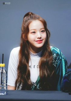 181109 Sangam S-Flex fan signing Jang Wooyoung, Yu Jin, Japanese Girl Group, Only Girl, Starship Entertainment, Beautiful Babies, Korean Girl Groups, Ulzzang, Fandom