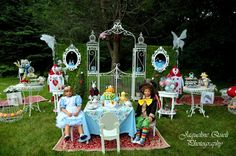 "Photo 1 of 24: Alice in Wonderland, Mad Tea Party / Birthday ""Nicole in Wonderland""  http://catchmyparty.com/photos/638810"