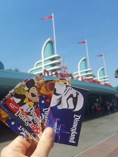 We earn tickets to Disneyland for FREE using a simple and free online program. Points add up to free gift cards and even Disney tickets! Disneyland Tickets, Disneyland Photos, Disneyland Vacation, Disney Rides, Disney Parks, Disneyland Hotel California, Disney Fireworks, California Pictures, Disney Aesthetic