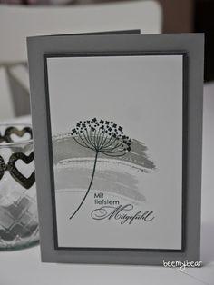Eine liebe Kundin von mir ist letzte Woche leider viel zu jung verstorben.     Für die Familie habe ich eine Trauerkarte gemacht.         A...