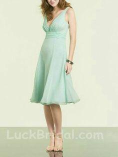 Asorbing Mint Chiffon Bridesmaid Gown A Line V Neck Short Bridesmaid Dress