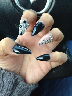 Simple stiletto nails black nude and bling