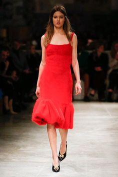 Sfilata Prada Milano - Collezioni Autunno Inverno 2017-18 - Vogue