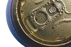 ¿Sabías que el espesor de una lata de bebida de acero es más fino que un cabello humano? #ilovesteel #ilovescience