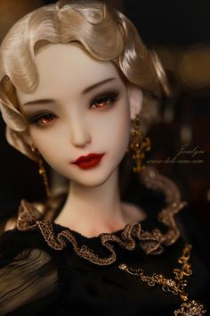 Limited edition girls from Dollmore, discount event… Pretty Dolls, Cute Dolls, Beautiful Dolls, Gothic Dolls, Victorian Dolls, Dark Gothic Art, Old Fashion Dresses, Enchanted Doll, Disney Villains