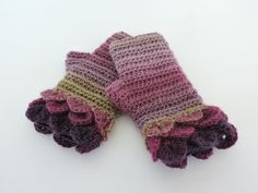 Fingerless Mittens with Dragons Scale Cuffs