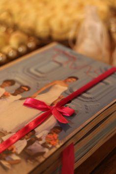 Lançamento da primeira edição da Revista Conceito AV Noivas - A noite foi repleta de emoção durante o desfile capitaneado pelos tarimbados Almir Jr e Marcelo Gomes, com noivas contemporâneas usando vestidos da Cymbeline Paris, M Zanirato, La Novia e a joalheria luxuosa das marcas Adriana Mota e Eliane Ottoni.