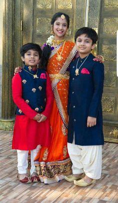 Ideas Fashion Kids Boy Wedding Indian For 2019 Kids Indian Wear, Kids Ethnic Wear, Boy Outfits, Fashion Outfits, Trendy Fashion, Family Outfits, Boys Kurta Design, Kurta Designs, Blouse Designs