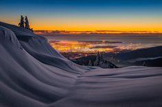 Colombie Britannique, Yukon, Patagonie : le photographe Artur Stanisz nous fait découvrir via ses voyages quelques uns des plus majestueux paysages de montagnes du globe. Ses photographies aux superbes couleurs et éclairages nous font découvrir des sommets enneigés et des lacs aux fascinants reflets. Pour en voir plus, visitez son 500px et sa page Facebook.