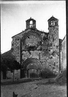 Igrexa do Mosteiro cisterciense de Meira. Meira, Lugo. Ca. 1910. Placa de cristal. Bromuro rápido ou clorobromuro lento. 13,8 x 9,9 cm.