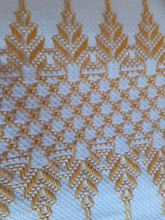 Cristina Gorini's media content and analytics Swedish Embroidery, Diy Embroidery, Cross Stitch Embroidery, Cat Cross Stitches, Cross Stitch Patterns, Broderie Bargello, Swedish Weaving Patterns, Hand Embroidery Design Patterns, Monks Cloth