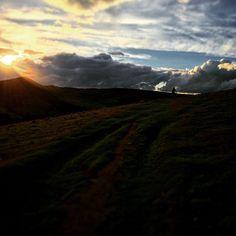 RG wrec13: storming off into the distance #sunset #darkpeak #peakdistrict http://instagr.am/p/6-xt0HOuSF