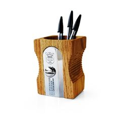 Yes, that's right, it's a giant pencil Sharpener Desk Tidy. It won't sharpen your giant pencil but it will keep all your pens, pencils and other stuff looking sharp on your desk! Giant Pencil, Pencil Cup, Pencil Boxes, Pot A Crayon, Desk Tidy, Deco Originale, Best Pens, Pots, Pencil Sharpener