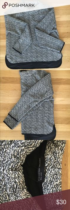 Zara hi low sweater XS NWOT, doesn't fit after baby. Mock neck, black trim, slightly longer in back. Offers welcome, no low balls please. Zara Sweaters