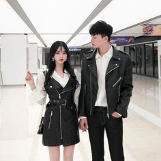 Similar Look - Similar Look Matching Couple Outfits, Matching Couples, Korean Girl Fashion, Asian Fashion, Ulzzang Couple, Ulzzang Girl, Simple Outfits, Cute Outfits, Clueless Outfits