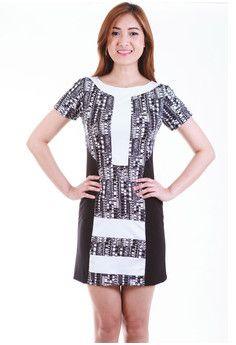 Venetia Monochrome Color Block Shift Dress