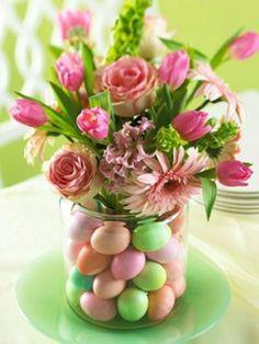 vase fleurs oeufs déco