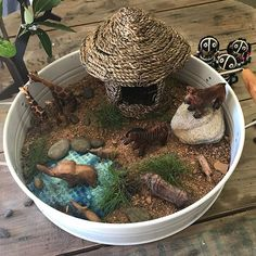 WEBSTA @places_spaces_wonder_delight African small world. Tuff Tray, Small World Play, Preschool Ideas, Fourth Grade, Language Arts, Trays, Montessori, African, Invitations