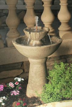 CB-2TL  Color Bowl with Lips Fountain, 2-Tier Tall