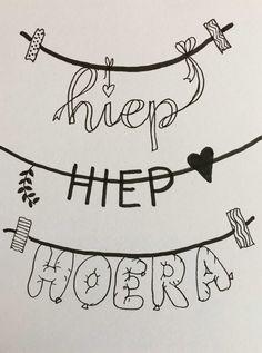 Hand Lettering Alphabet, Doodle Lettering, Hand Lettering Quotes, Creative Lettering, Brush Lettering, Handlettering For Beginners, Doodle Drawing, Calligraphy Doodles, Karten Diy