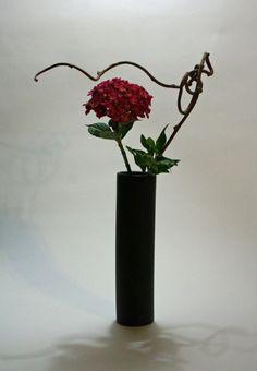 PInk hydrangea ligustrum and kiwi vine 709x1024 365 Days of Ikebana Day 318