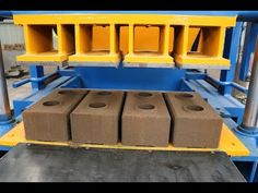HR4-10 Automatic hydraulic interlocking soil cement earth compressed block making machine - YouTube Concrete Bricks, Cement, Homemade Tools, Diy Tools, Interlocking Bricks, Brick Pathway, Solid Brick, Brick Molding, Brick Block
