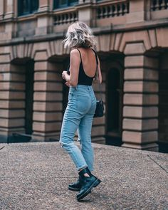 32 Perfect Jeans With Ankle Boots Outfits Ideas For Summer - Ankle boots are the most generally worn style of design boots. You see them all over the place, from the high road to the catwalks. These short boots . Summer Boots Outfit, Casual Winter Outfits, Spring Outfits, Casual Boots, Black Ankle Boots Outfit, Jeans Outfit Winter, Spring Clothes, Spring Shoes, Winter Shoes