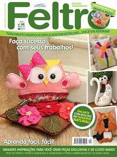 ::ArtManuais-Revistas | Free Download |:: Softies, Plushies, Sewing Magazines, Felt Ornaments, Felt Animals, Book Crafts, Crafts To Make, Crochet Hats, Teddy Bear