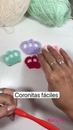 Crochet Flower Headbands, Crochet Flower Tutorial, Knitted Flowers, Form Crochet, Diy Crochet, Crochet Toys, Crochet Baby, Crochet Summer, Crochet Classes