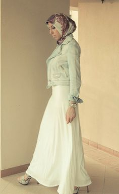 Perfect date night outfit! Maxi skirt, beaded belt and denim/moto jacket
