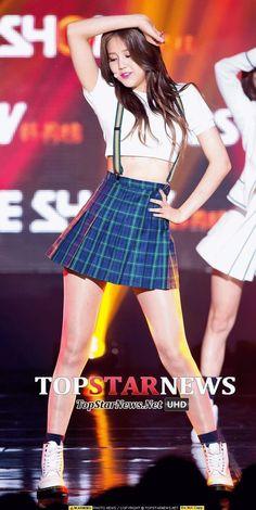 Stage Outfits, Kpop Outfits, Korean Beauty, Asian Beauty, Hot Japanese Girls, Beautiful Asian Women, Sexy Asian Girls, Ulzzang Girl, Asian Woman