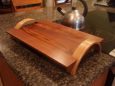 Custom Made Serving Tray ======================== For Kristy Diy Cutting Board, Wood Cutting, Woodworking Plans, Woodworking Projects, Wooden Serving Trays, Woodworking Inspiration, Small Wood Projects, Bent Wood, Tea Tray