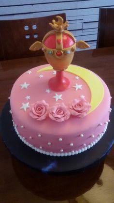 Cake Sailor Moon fondant.